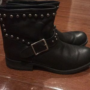 Black leather motorcycle studded bootie